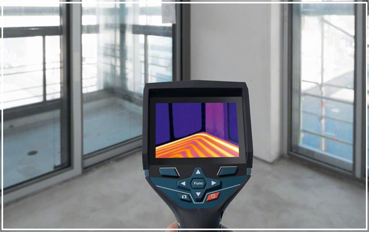 Observar si existen bolsas de aire en suelos radiantes y su funcionamiento con una cámara termográfica